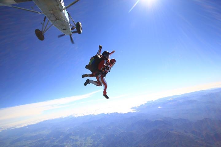 skydive-at-nz033