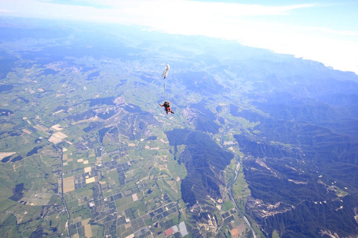 skydive-at-nz053